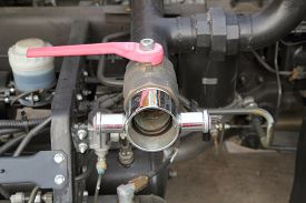 picture of sweeper  - The faucet of water in Sweeper Truck - JPG