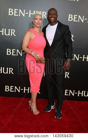 LOS ANGELES - AUG 16:  Rebecca Crews, Terry Crews at the