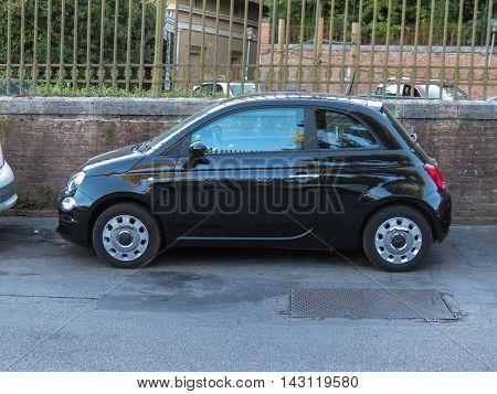Black Fiat New 500 Car In Siena