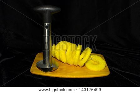 Pineaple Coring Made Easy - 8