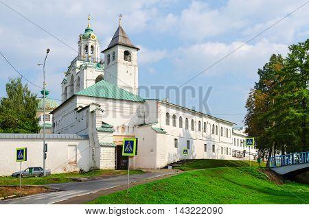 YAROSLAVL RUSSIA - JULY 21 2016: Spaso-Preobrazhensky Monastery Holy Gates with Church of Introduction Yaroslavl Russia