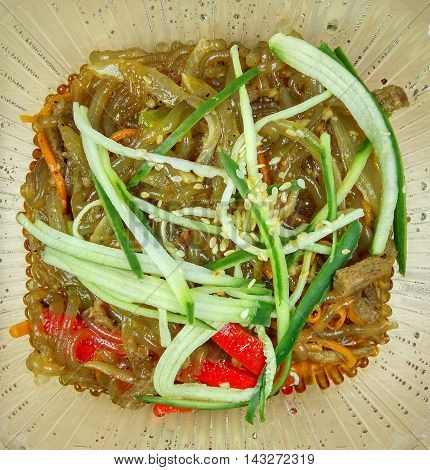 Chinese glass noodles with beef and vegetables