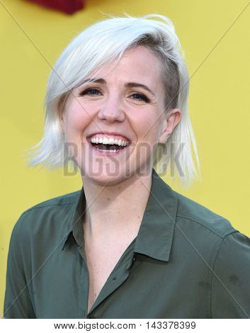 LOS ANGELES - AUG 09:  Hannah Hart arrives to the