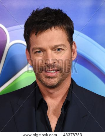 LOS ANGELES - AUG 02:  Harry Connick Jr. arrives to the NBC Universal TCA Summer Press Tour 2016 on August 02, 2016 in Beverly Hills, CA