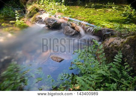 Water stream shoot with very long exposure