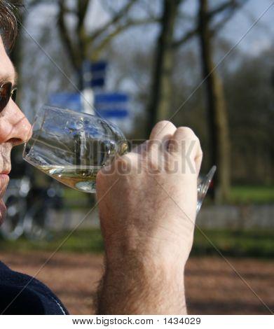 Smelling White Wine
