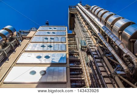 Lloyds Of London Building (hdr)