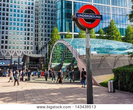 Canary Wharf Tube Station In London (hdr)