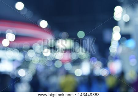 Blur light and shadow of light bulb in shopping mall Abstract background