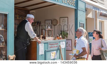 Reproduction Of A Traveling Pharmacy With Pharmacist