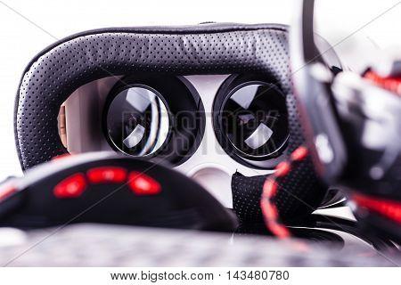 Virtual Reality Goggles Gaming Set