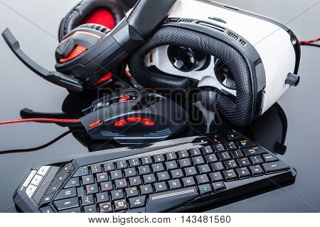 Sleek Virtual Reality Gaming Gear