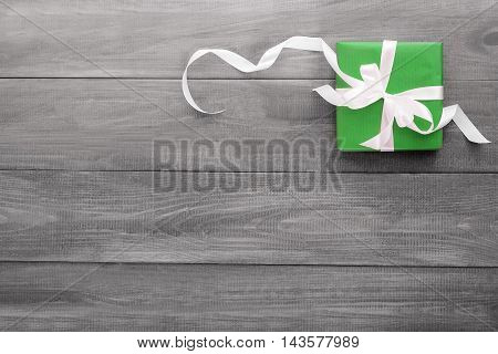 gift in green packing of nanosecond a ribbon