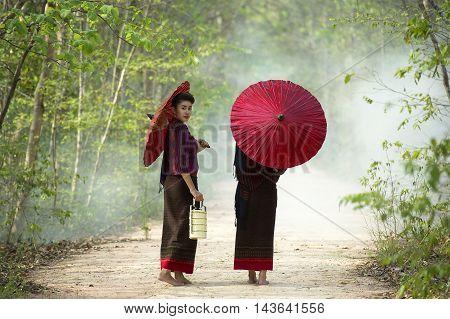 Portrait of women in thai traditional dress