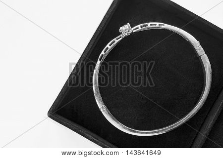 Silver bracelet with one crystal in black jewel box