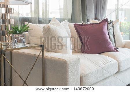 Luxury Living Room Design With White Sofa