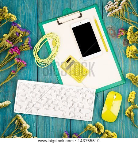 Slim Keyboard, Yellow Mouse, Smart Phone, Clipboard, Calculator, Blank Paper, Pencil, Cord, Colorful