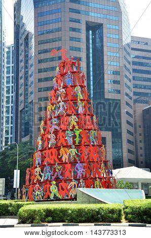 Sculpture Momentum Located In Singapore.