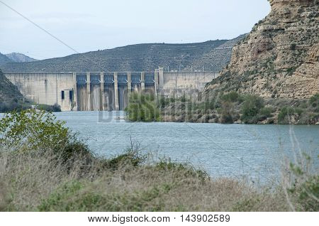 Dam of the Mequinenza Reservoir a great place to practice fishing