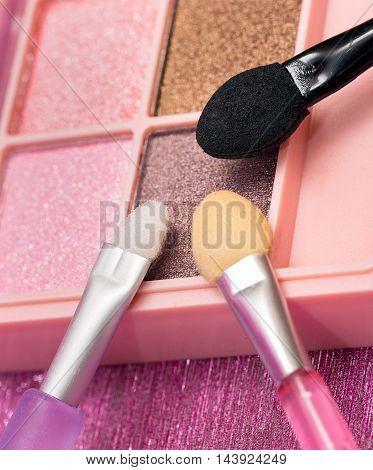 Eye Shadow Brushes Shows Make Ups And Eyes