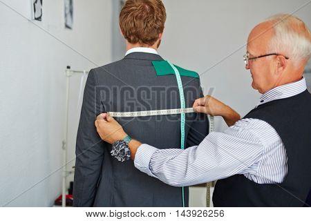 Width of jacket