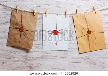 Envelopes on rope