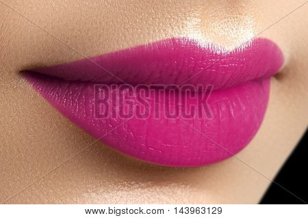 Perfect Fuchsia Lips. Sexy Girl Mouth Close Up. Beauty Young Wo