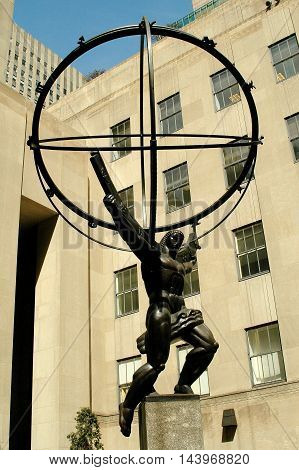 New York City - March 30 2005: Atlas Holding the World Sculpture at 50 Rockefeller Center on Fifth Avenue