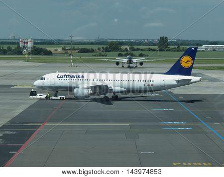 Lufthans Airbus A320-200 In Prague