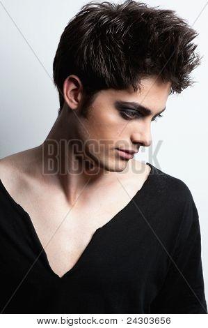 Tiro de moda com modelo masculino
