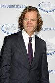.LOS ANGELES - OCT 14: William H. Macy Ankunft der Clinton-Stiftung