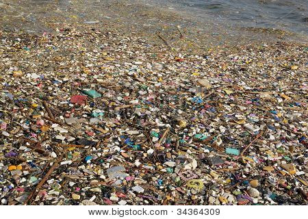Garbage-in-the-sea