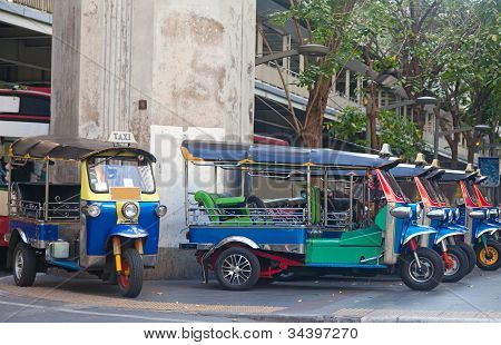 Line Of Tuktuks On Bangkok Street