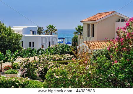 Luxurious Holiday Beach Villas