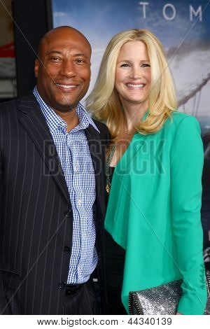 LOS ANGELES - APR 10:  Byron Allen arrives at the
