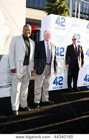 LOS ANGELES - APR 9:  Ricky Henderson, Pat Gillick arrives at the