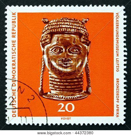 Postage Stamp Gdr 1971 Bronze Head, Africa