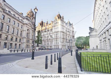 Horse Guards Avenue, London
