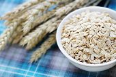 foto of oats  - bowl full of oats  - JPG