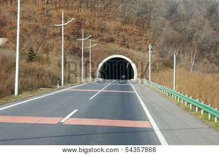 Auto Tunnel