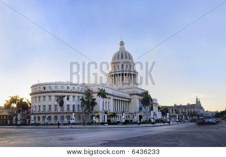 Havana Capitoly Building