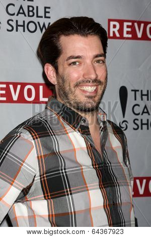 LOS ANGELES - APR 30:  Jonathan Scott at the NCTA's Chairman's Gala Celebration of Cable with REVOLT at The Belasco Theater on April 30, 2014 in Los Angeles, CA