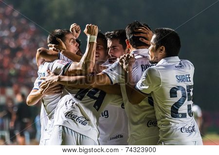Sisaket Thailand-october 15: Players Of Buriram Utd. In Action During Thai Premier League Between Si