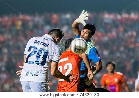 Sisaket Thailand-october 15: Javier Patino Of Buriram Utd. Head The Ball During Thai Premier League