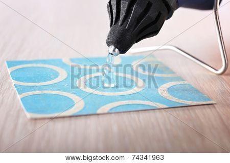 Making postcard with a help of glue gun
