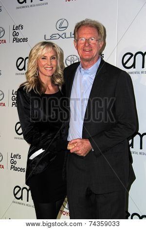 LOS ANGELES - OCT 18:  Rochelle Carson, Ed Begley Jr at the 2014 Environmental Media Awards at Warner Brothers Studios on October 18, 2014 in Burbank, CA
