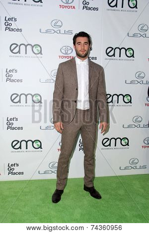 LOS ANGELES - OCT 18:  Josh Bowman at the 2014 Environmental Media Awards at Warner Brothers Studios on October 18, 2014 in Burbank, CA