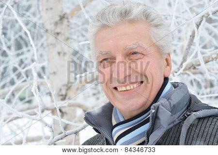 Elderly man in winter