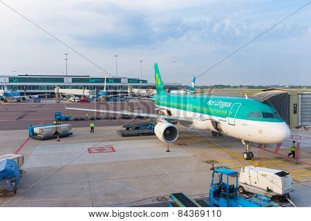 Aerlingus Airbus A320 Is Preparation For Next Flight