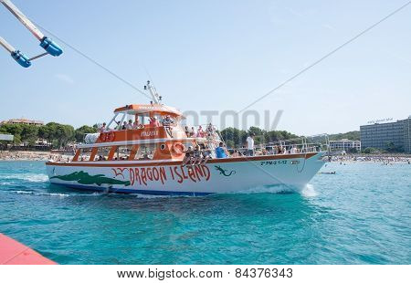 Tour boat Atalaya II on route to or from Dragonera